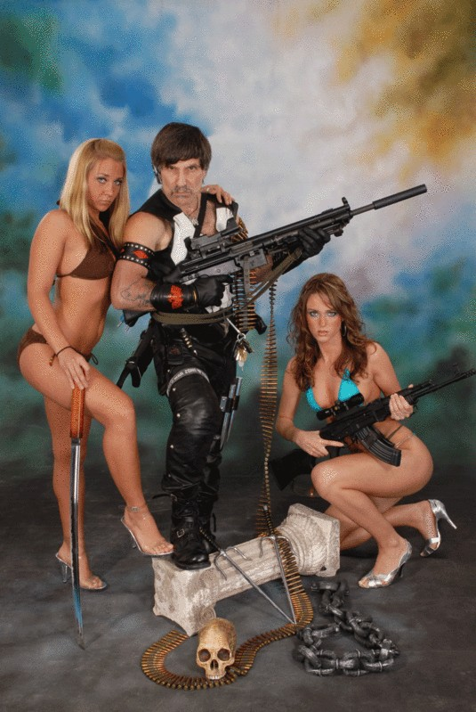 guns_chicks