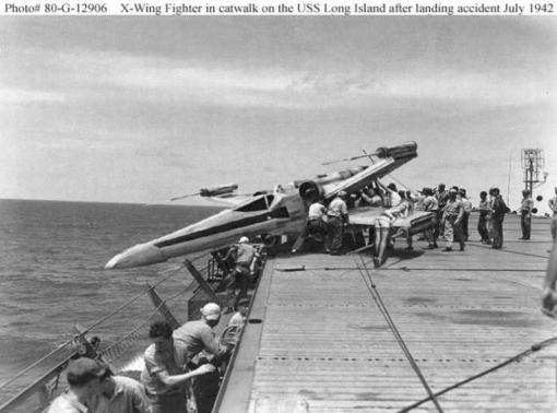 xwing_fighter_landing_accident_on_aircraft_carrier